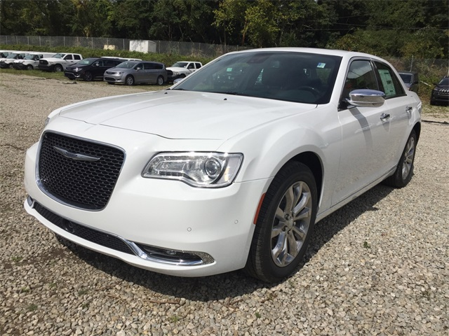 new 2018 chrysler 300 limited sedan in mckees rocks 18c0903 diehl cdjr of robinson. Black Bedroom Furniture Sets. Home Design Ideas