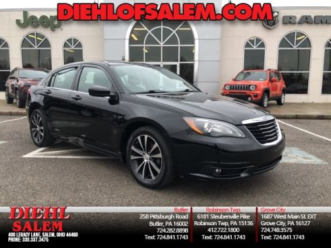 Ponos Used Cars >> Pre Owned 2013 Chrysler 200 Limited Fwd 4d Sedan